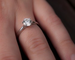 Should You Buy Jewelry Insurance?