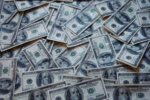 1280px-Money_Cash